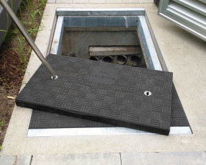 gs-lightweight-composite-trench-cover